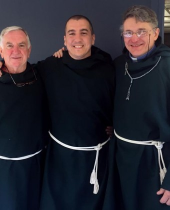The stumbling bumbling monks of Binacrombi